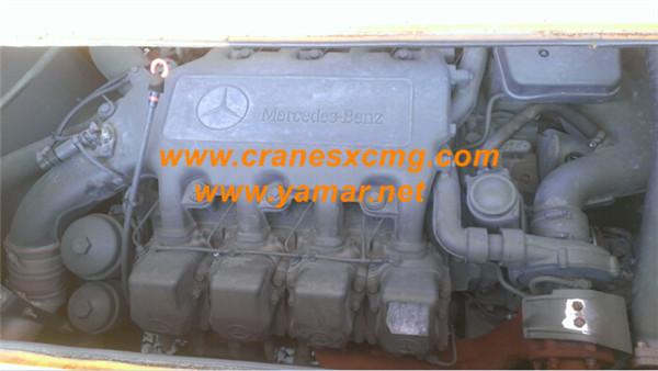 XCMG 130 ton truck crane engine