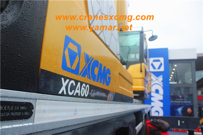XCMG 60 ton all terrain crane XCA60 (2)