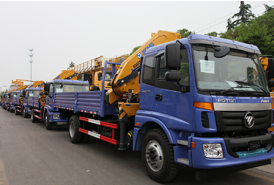 XCMG truck-mounted crane