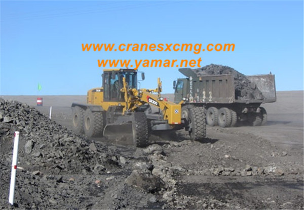 XCMG motor grader GR300 working in Europe (3)