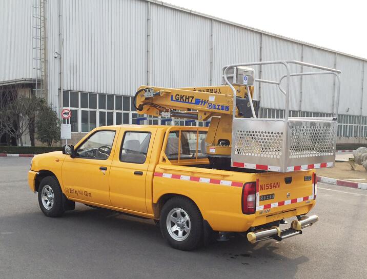 aerial working platform truck