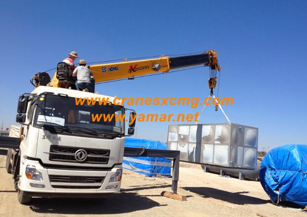 XCMG double hook truck-mounted crane export to Ethiopia