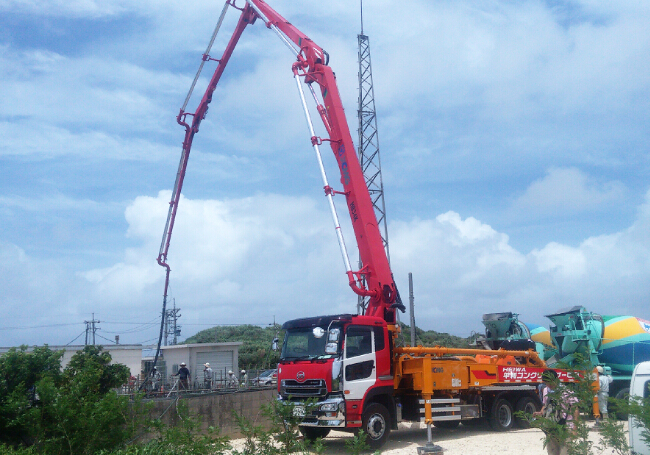 XCMG concrete mixing plant HZS270K