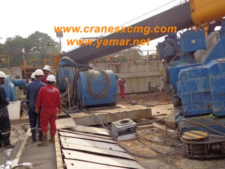 XCMG truck crane QY70K-I overturned (2)