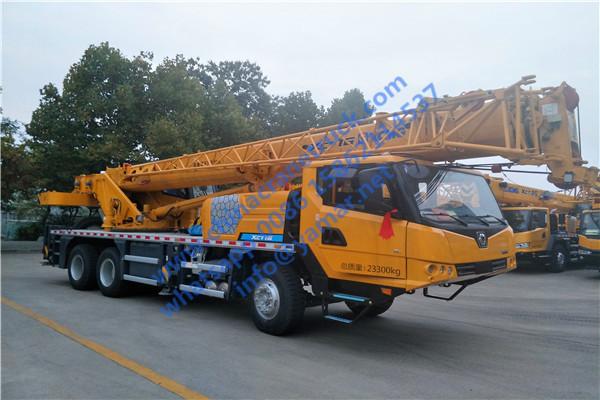 XCT16 truck crane (3)