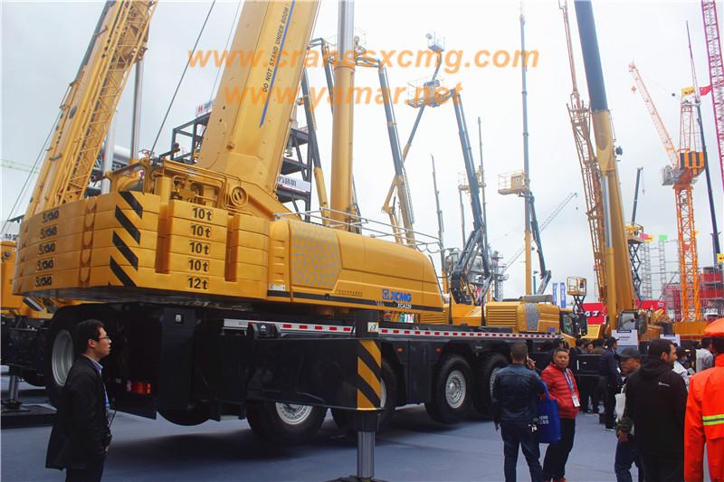 XCMG XCA1200 All Terrain Crane (2)