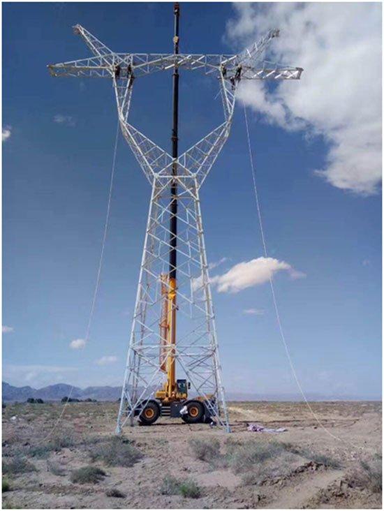 XCMG rough terrain crane at work.jpg