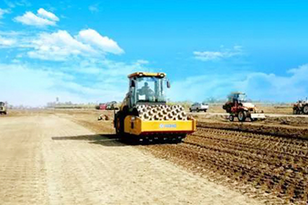 XCMG road building machinery help to build high way in Pakistan