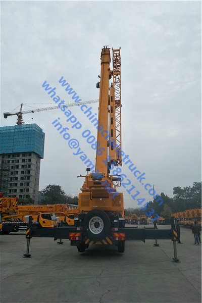 QY75K truck crane (2)