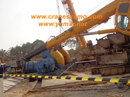 XCMG truck crane QY70K-I overturned (5)