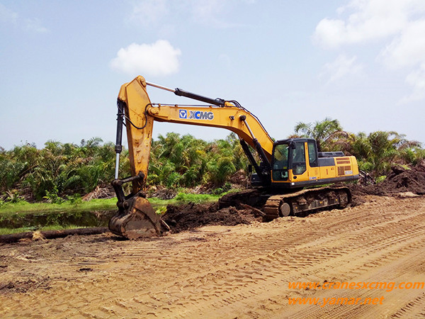 XCMG big excavator in West Africa