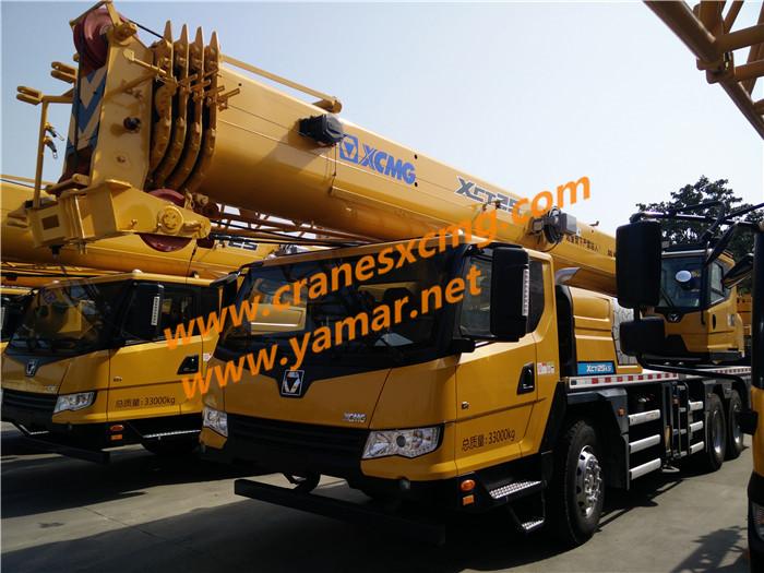 XCT25LS truck crane
