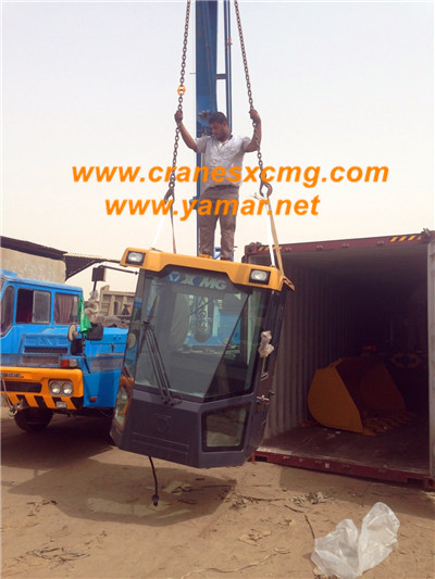 Customer buy XCMG LW300KN wheel loader-3