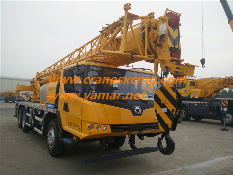 XCMG XCT16 truck crane
